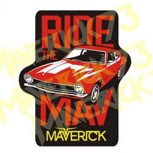 Adesivo Vintage Retro Carro Antigo Marcas Antigas. Adesivos para Parabrisa Decorativos Vintage Retrô. Decals Stickers Ford Maverick Ride the Mav Vermelho